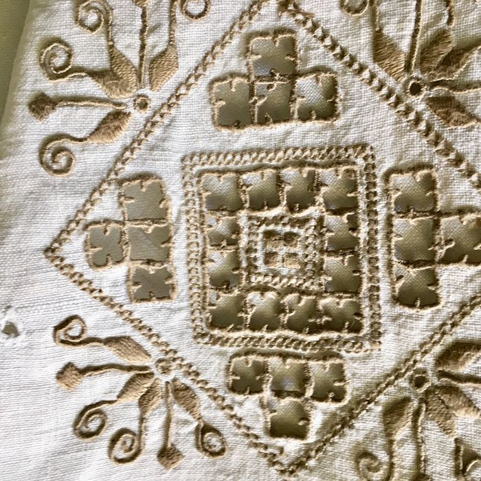 Hand embroidered square tablecloth - Linen