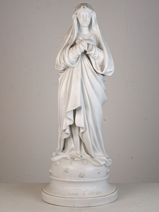 Statue of the immaculate conception  - Bisque porcelain