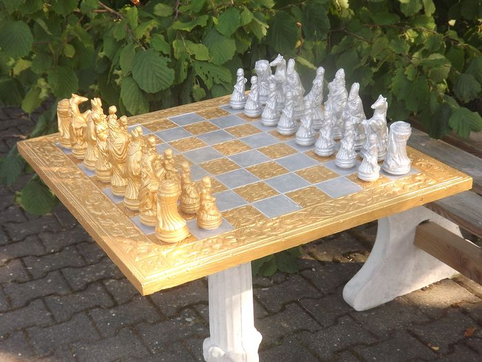 Chess game with chessboard and figures, - Renaissance - concrete