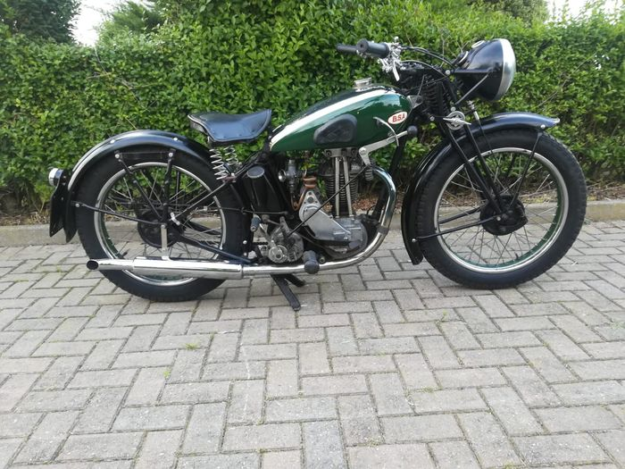 BSA - B18 - Light de Luxe - OHV - 250 cc - 1936