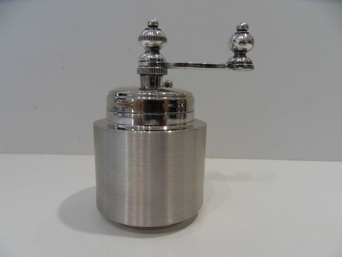 Italian pepper mill (1) - .800 silver - Florence - Italy - Late 20th century