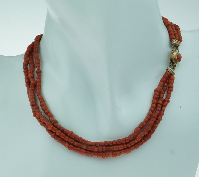 Vintage - 14 kt., 14 kt. Yellow gold - Necklace Blood coral