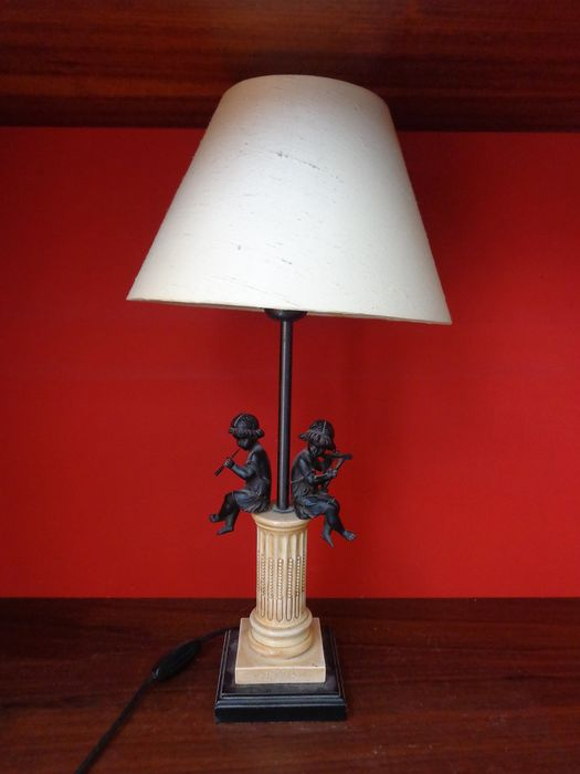 Imperial Style Table Lamp