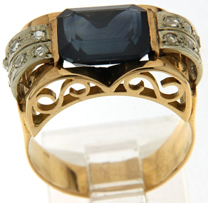 18 kt. White gold, Yellow gold - Ring Sapphire - Diamonds