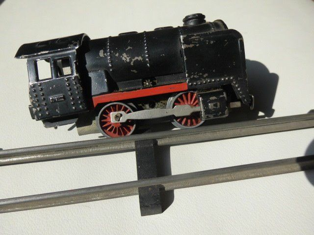 Karl Bub, Wells-Brimtoy 0, S in schaal 1:66 op 24mm spoor - Scenery, Train set - Train with station and wagons and rail network