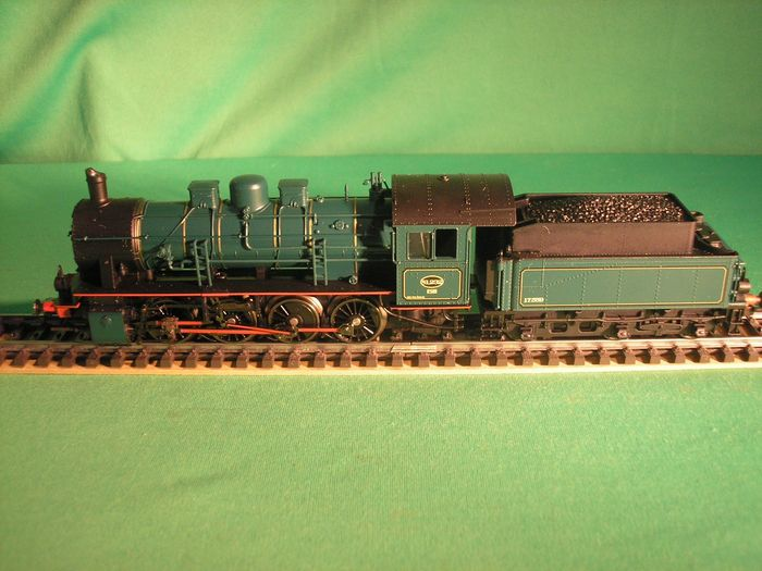 Märklin H0 - 37553 - Steam locomotive with tender - Series 81 - NMBS