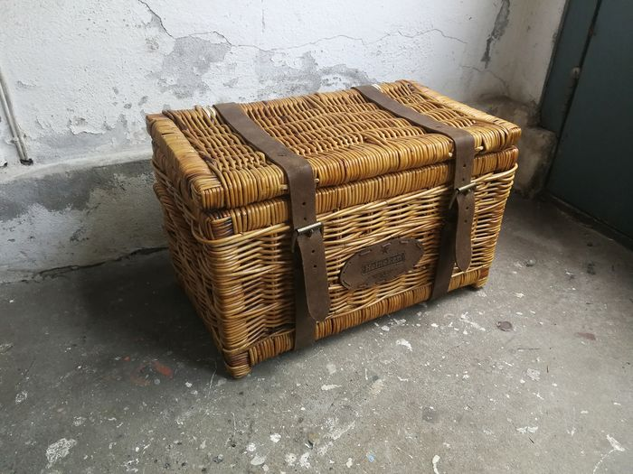 Robust wicker - Heineken (picnic) basket / suitcase with brown leather belts and logo - Leather, Reed
