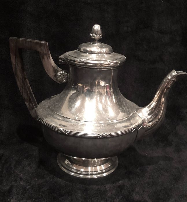 Great British 19th-20th Century (Époque Edward VII 1901-1910) Coffe Pot - Silver plated - England - Early 20th century