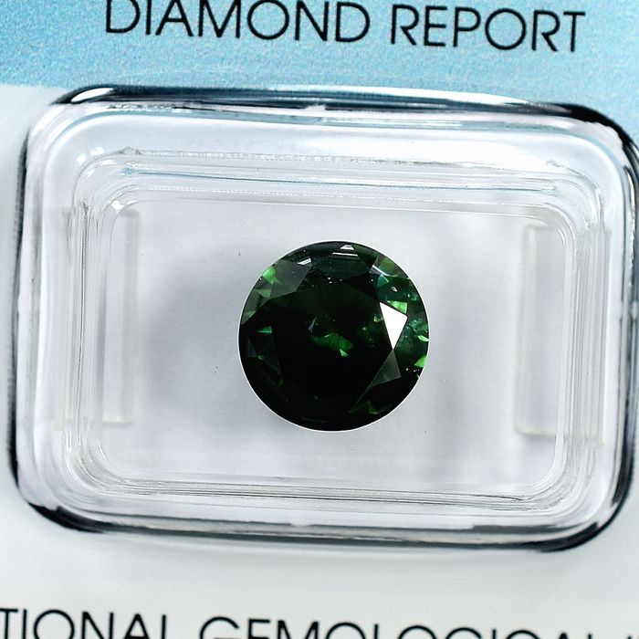 Diamant - 2.86 ct - Brillant - Fancy Deep Green - I2 - VG/VG/G