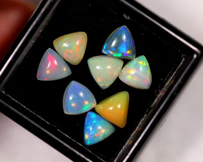 3.80 cts - Nice Opals - Top Quality - 0.76 g