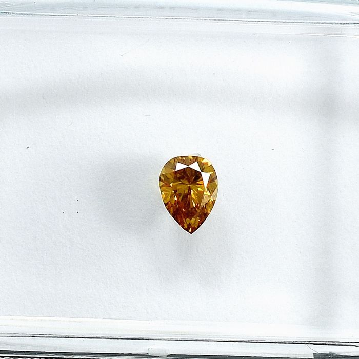 Diamond - 0.18 ct - Pear - Natural Fancy Deep Orangy Yellow - Si1 - NO RESERVE PRICE