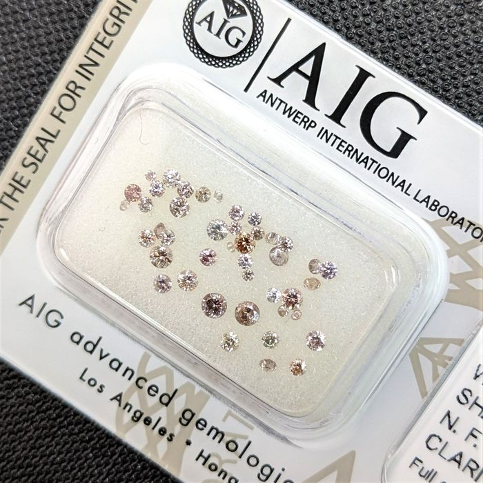43 pcs Diamantes - 0.56 ct - Brillante - Fancy Mix Color - SI1, SI2, VS1, VS2, VVS1, VVS2, No Reserve Price