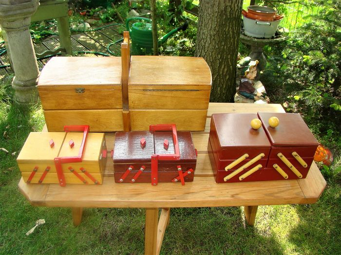 Four retro sewing boxes or storage boxes - Wood