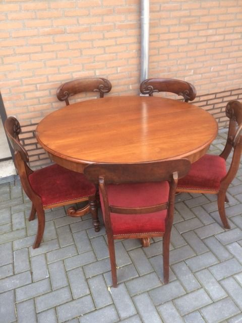 Mahogany dining room table with 5 chairs - Second half 19th century -  Catawiki