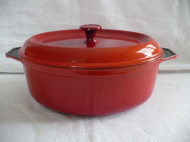 French cast iron casserole - Iron (cast/wrought)