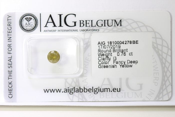 Diamond - 0.76 ct - Brilliant - ( Color Treated ) - Deep Greenish Yellow  - * NO RESERVE PRICE *