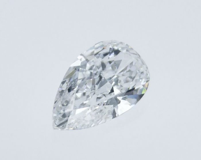 Diamond - 3.00 ct - Pear - E - VVS1