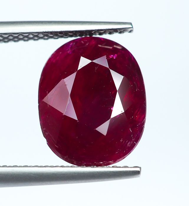 * No Reserve * Red Ruby - 3.74 ct