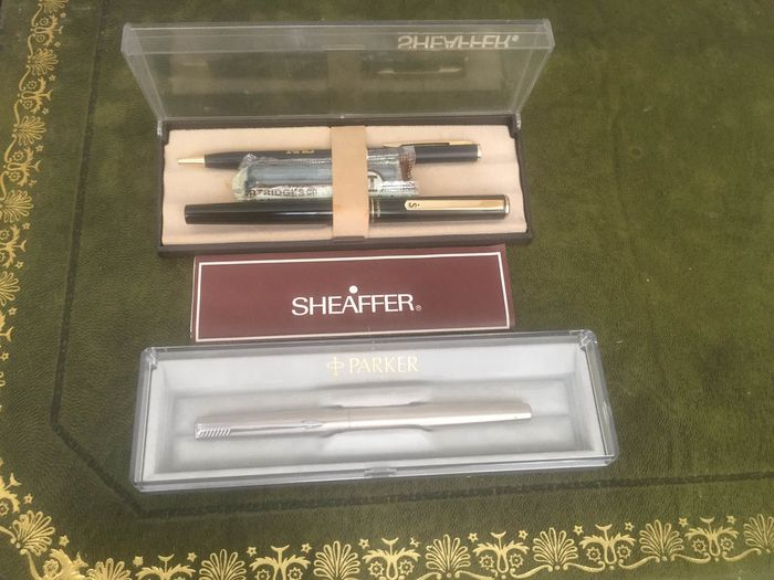 parker and sheaffer  - pen - pair of sheaffer pen with another parker pen  of 3