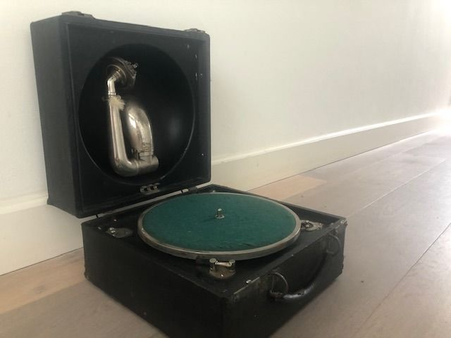 Decca - Trench model 1  Grammofoon - 78 rpm Grammophone player