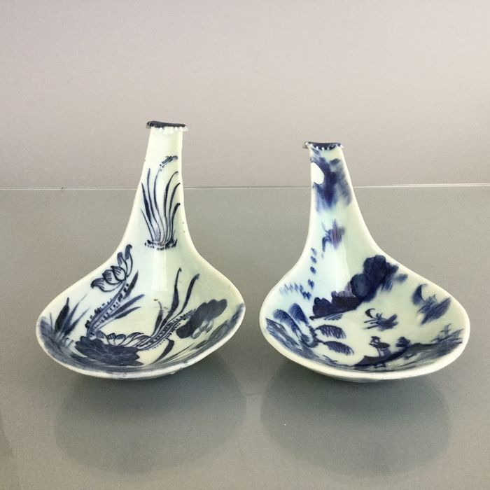 Antique 18th century Rice spoons marked (2) - Blue and white - Porcelain - China - 18th century