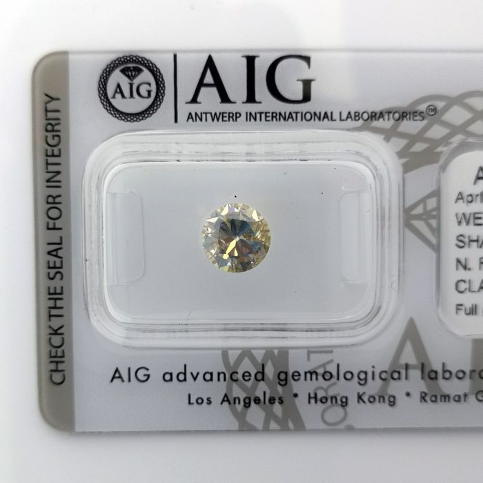 Diamante - 1.00 ct - Brillante, Redondo - fancy brownish yellow - SI2