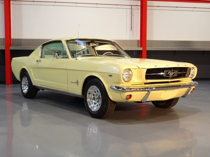 Ford - Mustang Fastback 289CI V8 - 1965