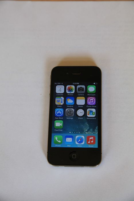 Apple iphone 4 -16gb - Mobile phone - Without original box