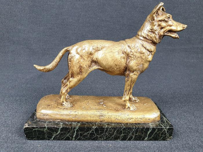 Gaston d'Illiers (1876-1932) - Sculpture, Wolfhound (1) - Bronze, Marble - Early 20th century