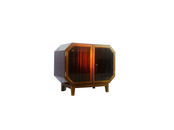 Art Deco whiskey bar cabinet from the 1930s