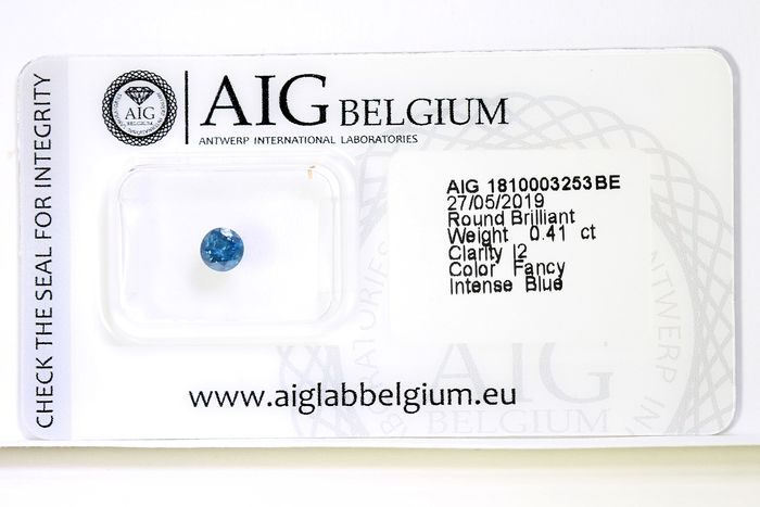 Diamant - 0.41 ct - Brillant - ( Treated Color ) - * NO RESERVE PRICE *