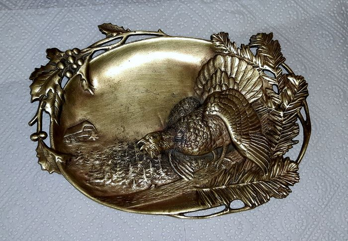 Art Nouveau bowl with grouse relief - Bronze or brass - 1900 - 1920