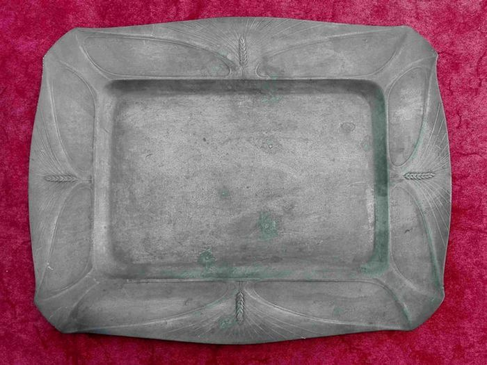 Imperial Zinn B+G - Tray (1) - Historicism - Pewter