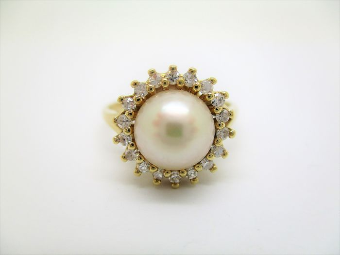 18 kt. Akoya pearl, Yellow gold, 7.8 mm - Ring - Diamond