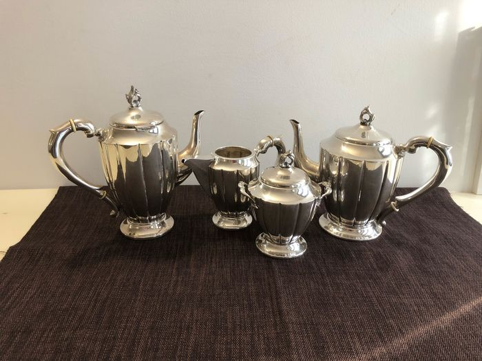 Coffee and tea service (4) - .800 silver - Italy - Early 20th century