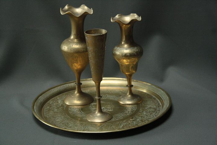 Hand hammered gold copper drink set (4) - Copper - India - Mid 20th century