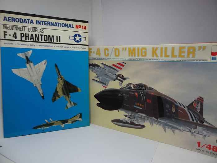 "Esci - lotto composto da 2 pezzi: 1 kit in plastica Esci 1:48 +  1 fascicolo illustrato  - codice articolo : 2297 - Supersonic two-seater long-range fighter-bomber F-4 Panthom II C/D  ""Mig Killer"" - 1960-1969 - -"