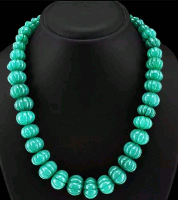 Emerald Semi-Precious Stone Necklace  200 g