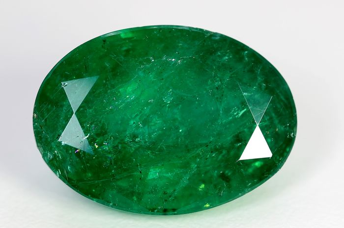 No Reserve Price - Emerald - Good Color Quality - 10.95 ct