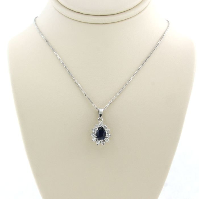 14 kt. White gold - Necklace with pendant - 0.70 ct Sapphire - Diamond