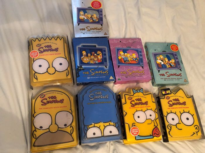Les Simpsons - DVD Set of Season 1-9  - Including 5 Collector's Boxes