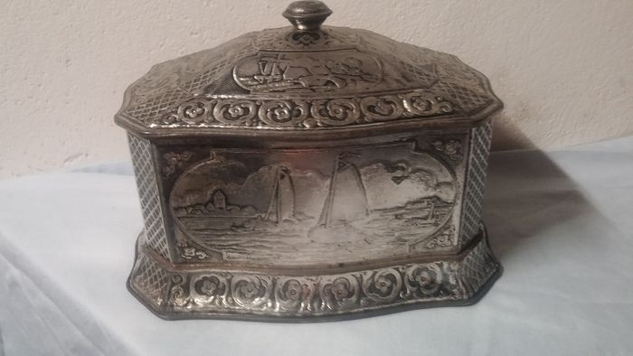 Old Dutch cookie tin - Look