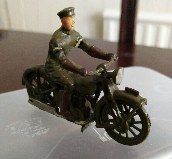 Britains - Mini figurines - Moto VINTAGE BRITAIN'S MOTORCYCLE DISPATCH RIDER British Army Staff Officers - 1970-1979 - Royaume-Uni