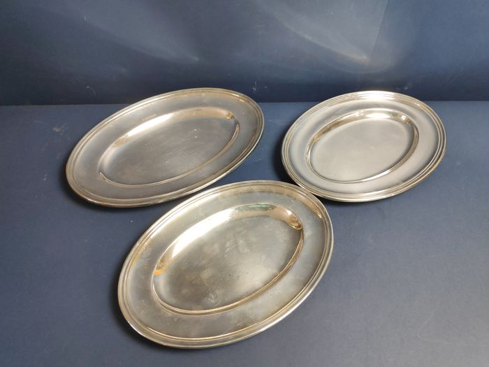 Set of 3 silver plated trays (3) - Silverplate