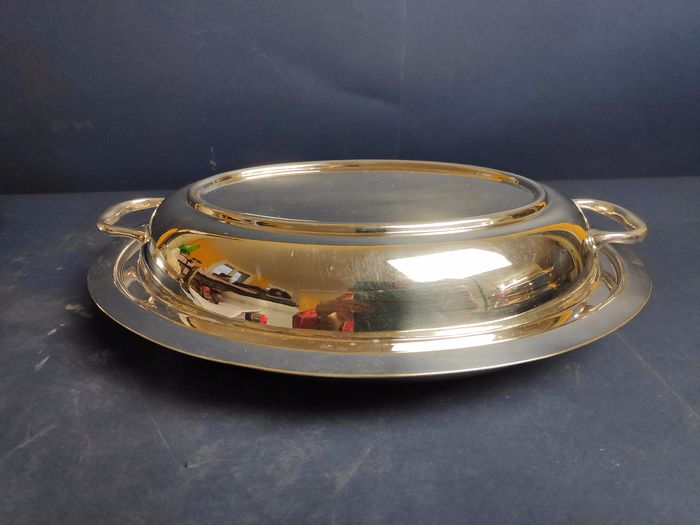 Silver plated serving plate with handles - Silverplate - England - 1900