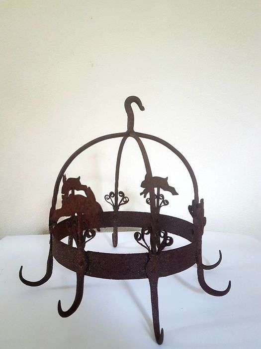 Rural cast-iron Game Rack - Rusted atmosphere-Cast iron