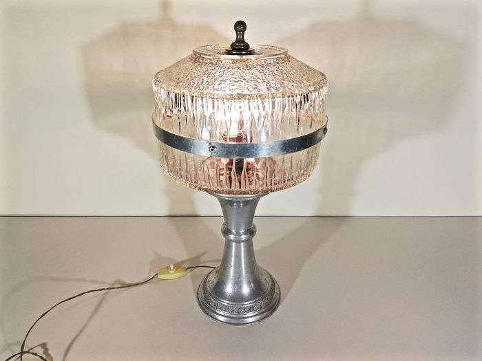 Stylish double-fire decorative table lamp - Art Deco - Crystal and aluminum