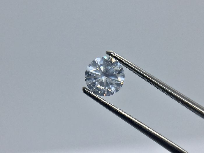 1 pcs Diamond - 0.57 ct - Brilliant, Round - G - I1