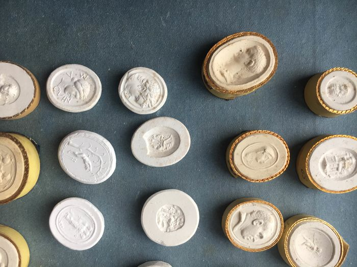 plaster casts (30) - Chalk - Late 18th century