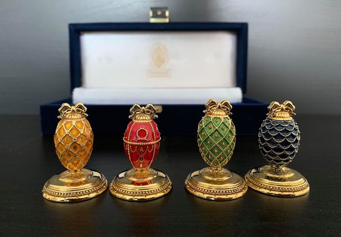Fabergé - The Imperial Faberge Crown Card Holders - Complete with 24 carat gold